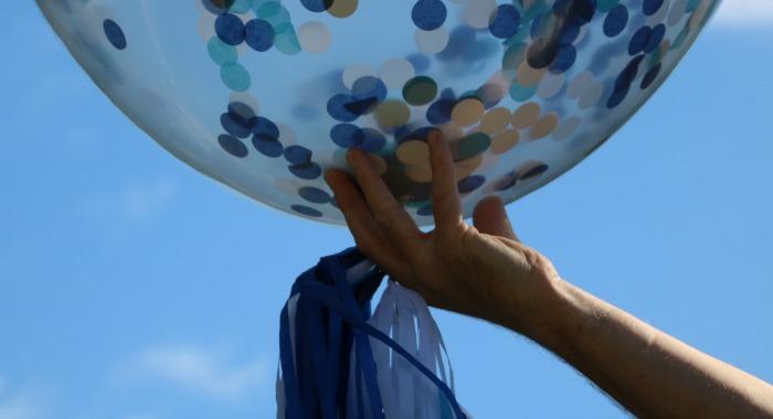 jumbo blue confetti balloons